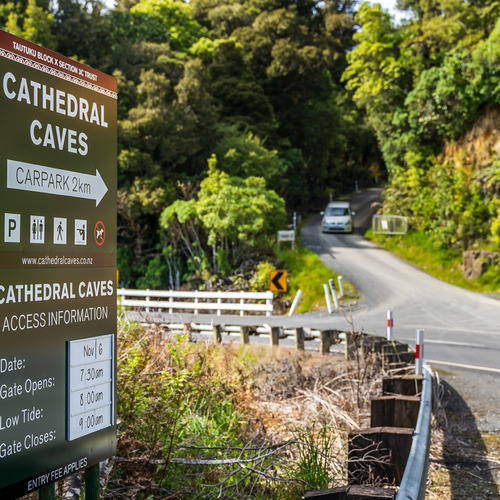 The entrance to the drive to Cathedral Caves - look out for the turn off