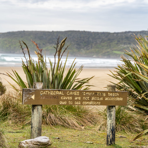 Beach entrance Cathedral Caves, Catlins