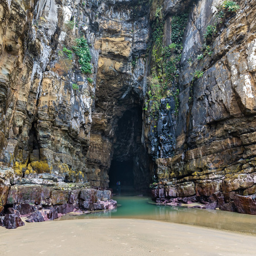 Cathedral Caves entrance Catlins